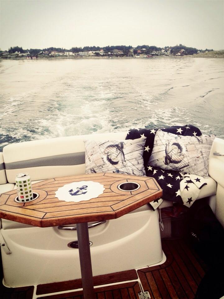 Litt interiør må jo vi selvfølgelig ha i båten også